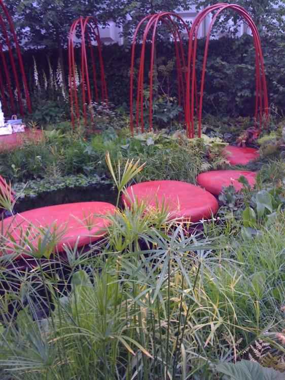 British Heart Foundation Garden Liked by Carol Klein: WRONG