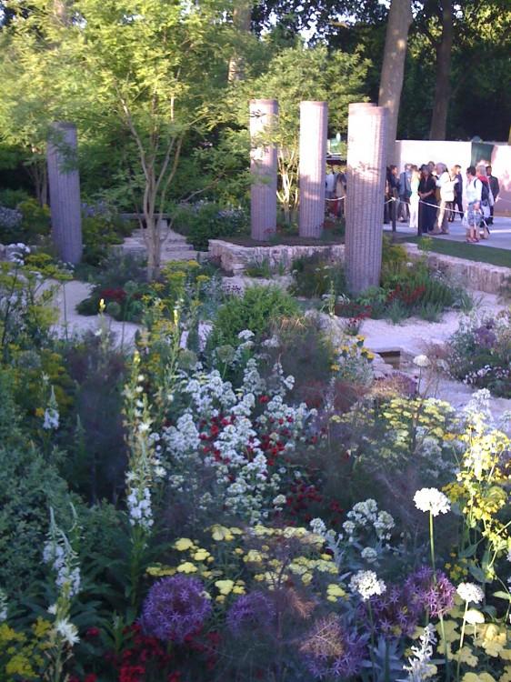 Best in Show Garden by Cleve West: Triumph