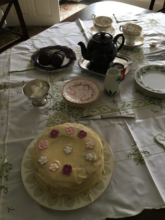 Easter Day: the Seated Tea