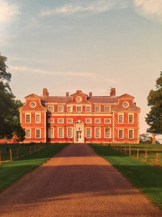 Raynham Hall! 17th Century Dutch-style on the outside