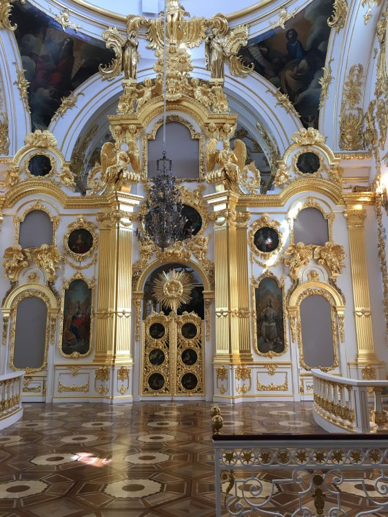 The Winter Palace: Simple Private Chapel