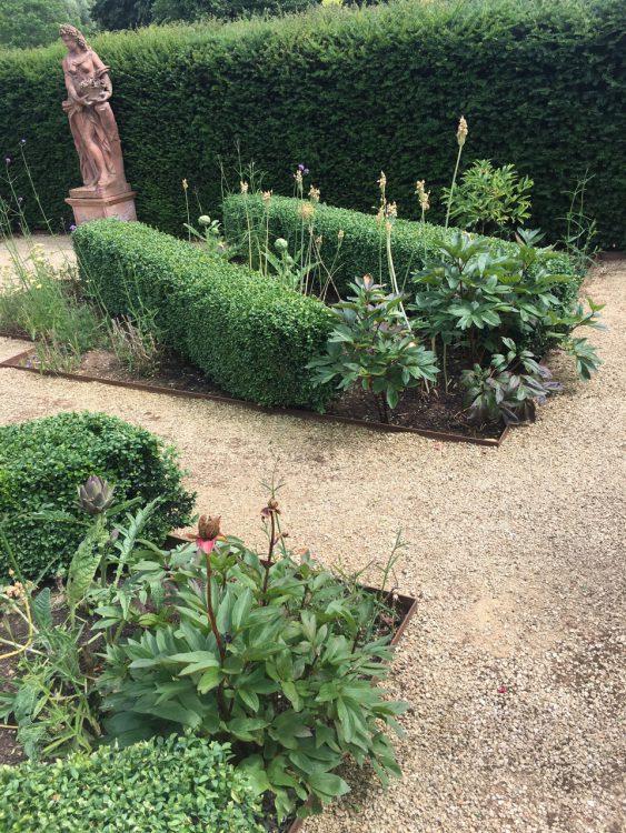 Bruern Abbey: Hedge Work
