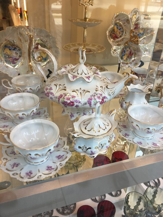 Karlovy Vary: Classic Ware on Sale
