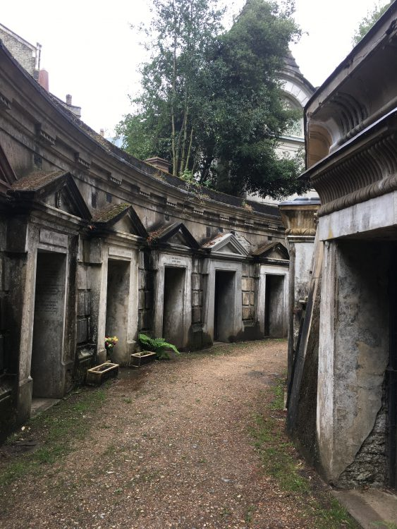 Highgate West Cemetery: the Circle of Lebanon with Egyptian-style Doors: No Occupants Come to the Door, though