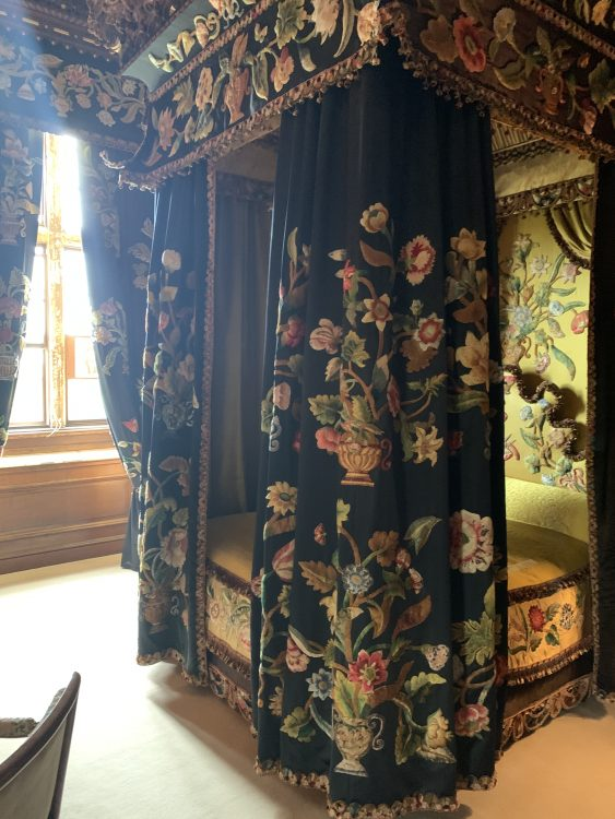 Burghley House: Stand-out Bed-hangings