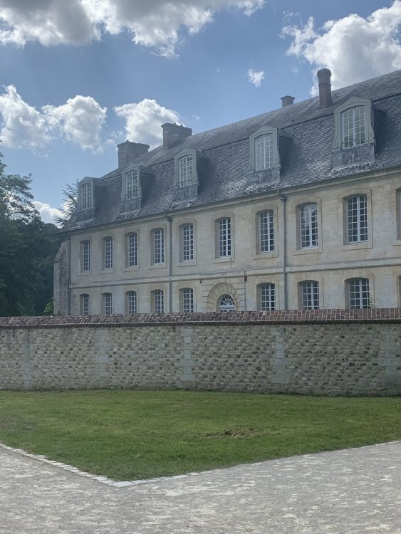 L'Abbaye Bec: A Range for Monkish Accommodation Perhaps