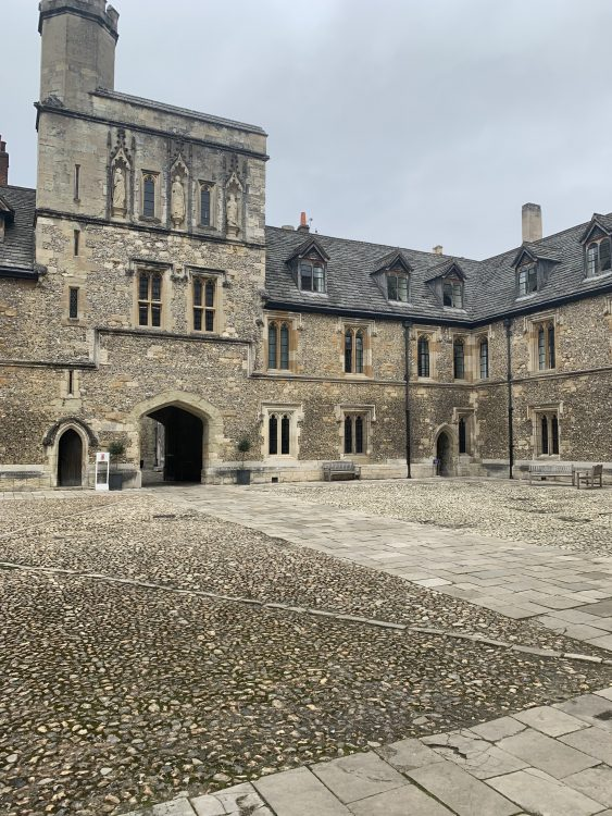 Winchester College: Pure Pure Medieval